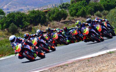 Los pilotos de la 390cup Manu Hueta, Daniel Torre y Pablo Duro, vuelven a dominar el asfalto